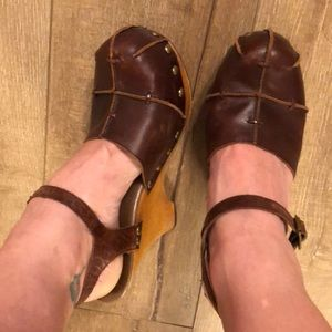 Close toed wooden clog with ankle strap
